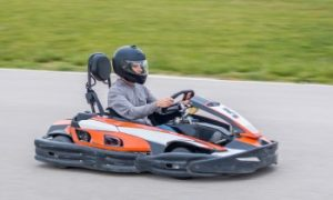 Beginner go karter, kart racing, go kart lap sessions
